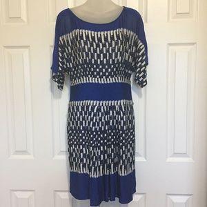 "BCBG Maxazria Dress Medium Blue Black White 32"" W"